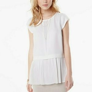RW & CO. Pleated peplum white tunic blouse Medium